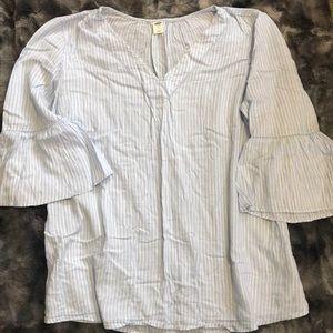 Old Navy stripe shirt